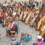 Harfenflashmob beim Burghauser Harfenfrühling